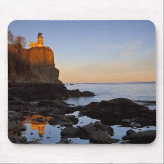 Split Rock Lighthouse at sunset near Two Mouse Pad