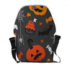 Spooky Ghosts and pumpkins Messenger Bag