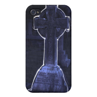 spooky graveyard iPhone 4 covers