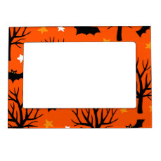 Spooky Halloween Tree with Bats and Stars Magnetic Picture Frame