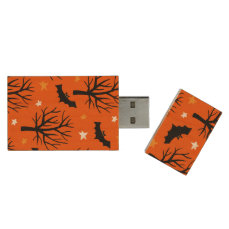 Spooky Halloween Tree with Bats and Stars Wood USB Flash Drive