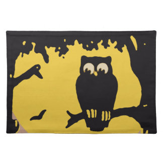 Spooky Vintage Halloween Owl, Tree with Full Moon Placemat