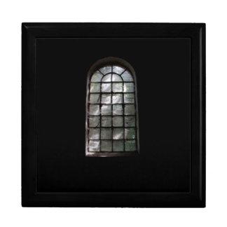 Spooky window jewelry box
