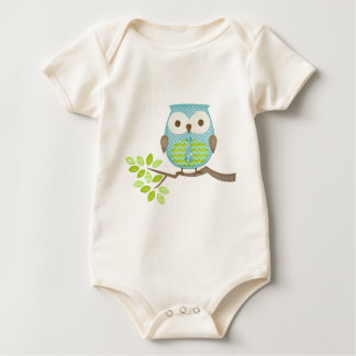 Spotted Executive Owl in Tree Baby Creeper