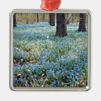 Spring Carpet Metal Ornament