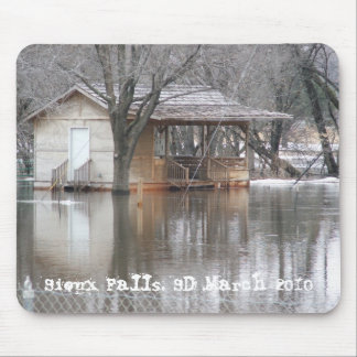 """""""Spring Flood"""" Sioux Falls, SD March 2010 Mouse Pad"""