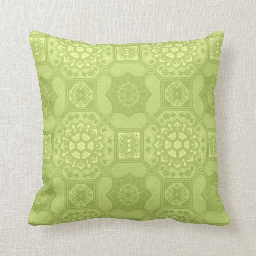 Spring Green Vintage Country Floral Pattern Pillow