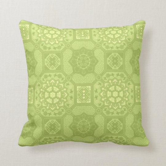 Spring Green Vintage Country Floral Pattern Throw Pillow