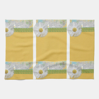 SPRING SCRAPBOOKING DAISY WHITE FLOWER YELLOW GREE KITCHEN TOWELS