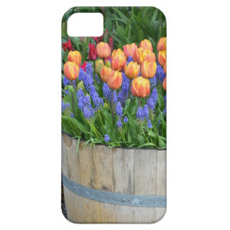 Spring tulips print iphone cover