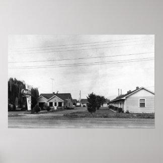 Springfield, OR Sutton Motel on McKenzie Highway Poster