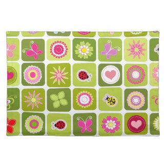 Springtime tiles place mats