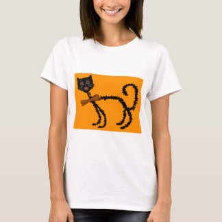Springy Black Cat Halloween Decoration T-Shirt