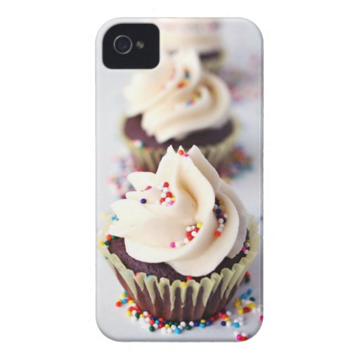 Sprinkle Cupcakes iPhone 4 Covers