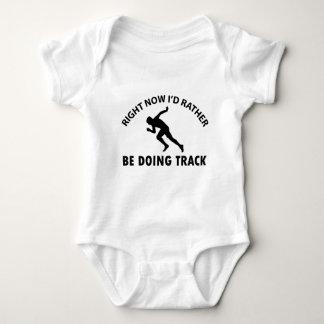 sprinting designs infant creeper