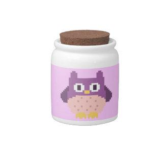 Sprite de 8 bits del búho del pixel jarra para caramelo