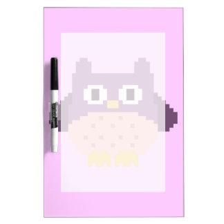 Sprite de 8 bits del búho del pixel pizarra