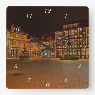 Square clock market place who Niger ode
