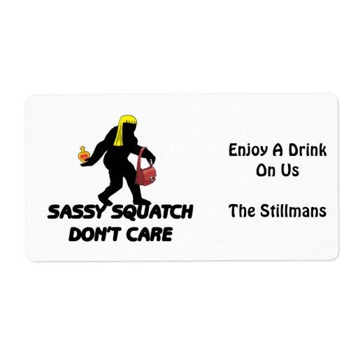 Squatch descarado no cuida etiqueta de envío