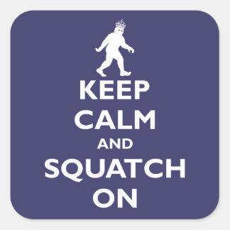 Squatch encendido pegatina cuadrada