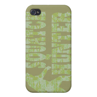 Squatch hunter on camouflage iPhone 4/4S cover