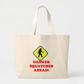 Squatches del peligro a continuación bolsa tela grande