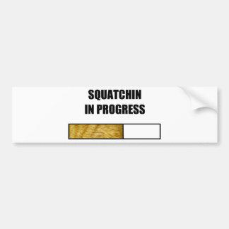 Squatchin en curso pegatina de parachoque