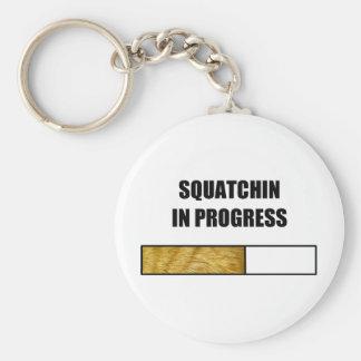 Squatchin en curso llaveros