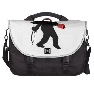 Squatchin en su corazón bolsas para portátil