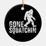 Squatchin ido - apenado ornamentos para reyes magos