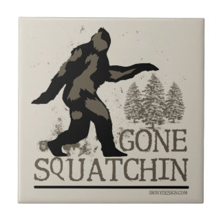 Squatchin ido teja cerámica