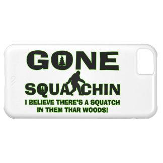 Squatchin ido Bigfoot en maderas