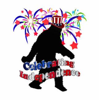 Squatchin ido - celebración de independencia fotoescultura vertical
