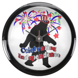 Squatchin ido - celebración de independencia reloj pecera