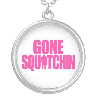 Squatchin ido colgante redondo