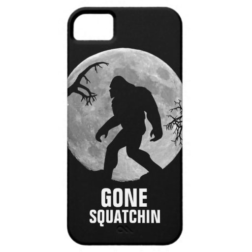 Squatchin ido con la luna y la silueta iPhone 5 Case-Mate cobertura