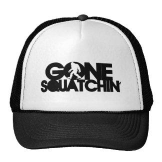 Squatchin ido con la silueta gorras