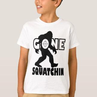 Squatchin ido en blanco playeras