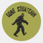 Squatchin ido etiqueta