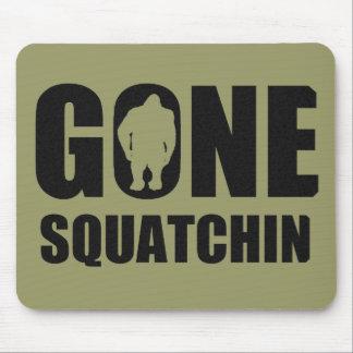 Squatchin ido mouse pads