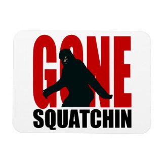 Squatchin ido - negro y rojo iman