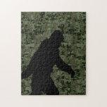 Squatchin ido para en el camuflaje verde oliva de puzzles