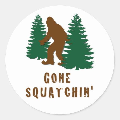 Squatchin ido pegatinas redondas