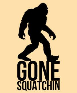 Squatchin ido pie grande camisetas