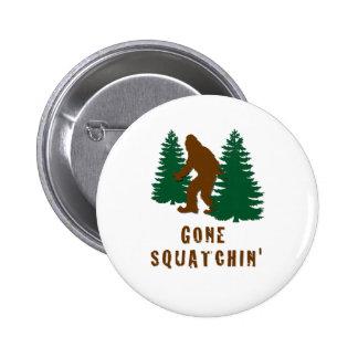 Squatchin ido pin redondo de 2 pulgadas