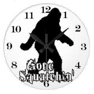 Squatchin ido reloj redondo grande