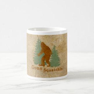 Squatchin ido taza de café