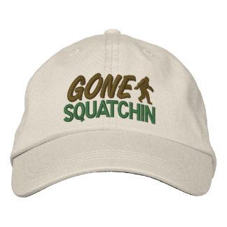 Squatchin ido - verde y Brown Gorras Bordadas