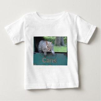 Squirrel in litter bin t shirts
