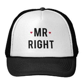 Sr. diseño correcto del texto con los corazones ro gorras de camionero